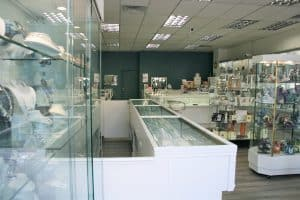 Read more about the article Gold Reflections in Newcastle to hold Grand Opening