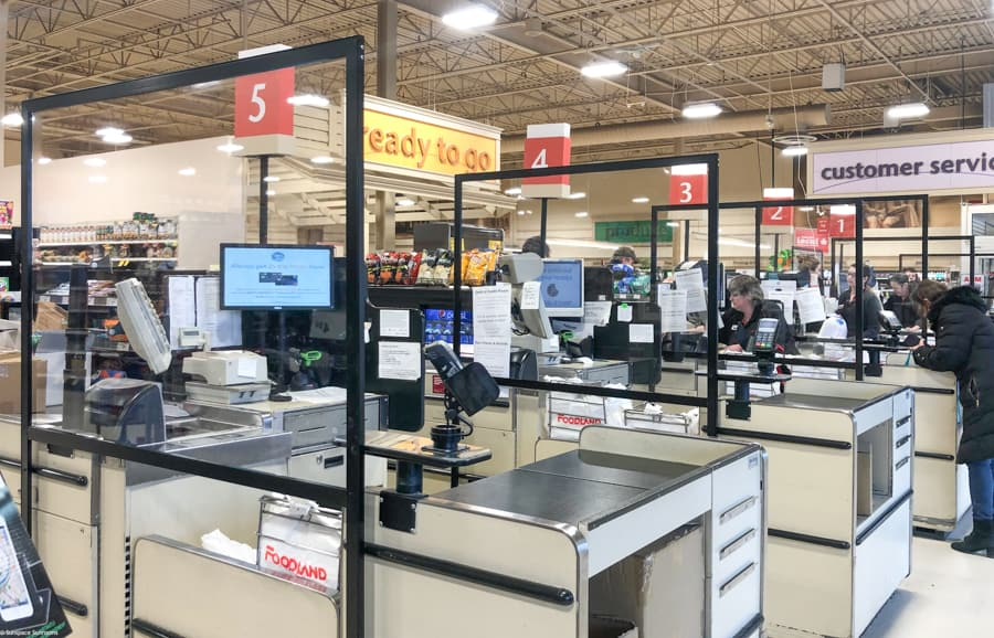Hygiene Screens at Foodland courtesy of Sunspace