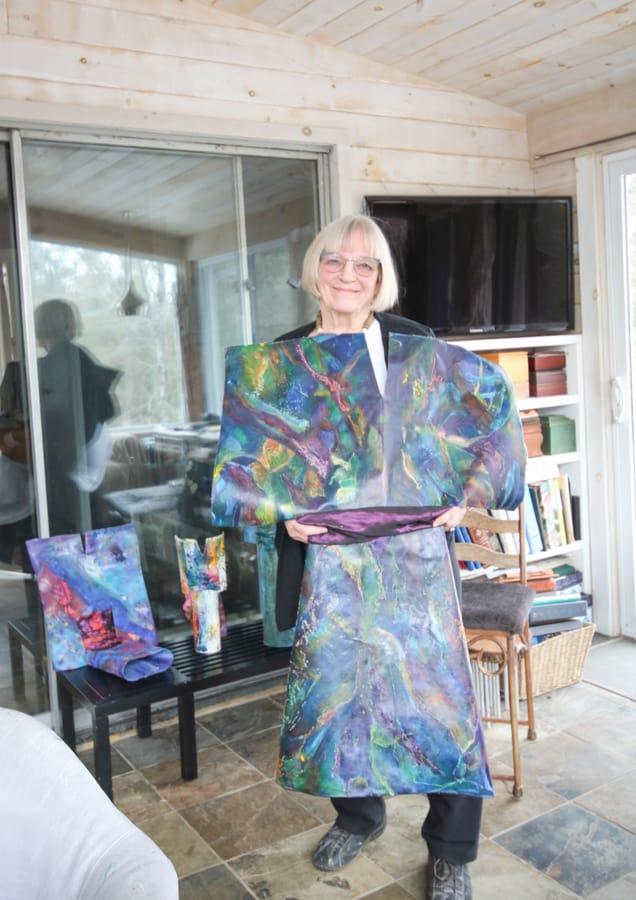 The Locals: Sylvi Parker – An Experimental Painter