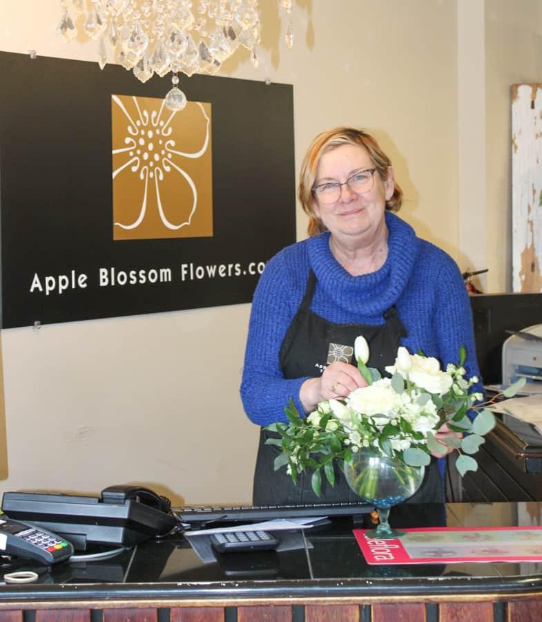 Yvonne Apple Blossom Flowers