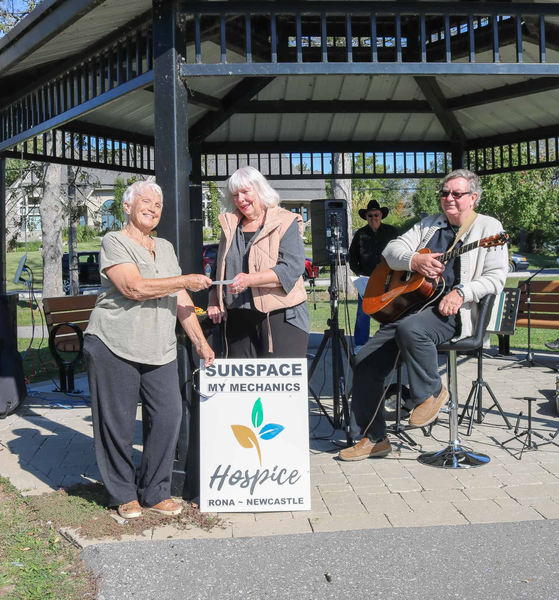 Coffee club supports Hospice