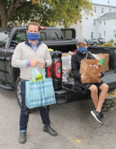 Community food drives Thanksgiving weekend