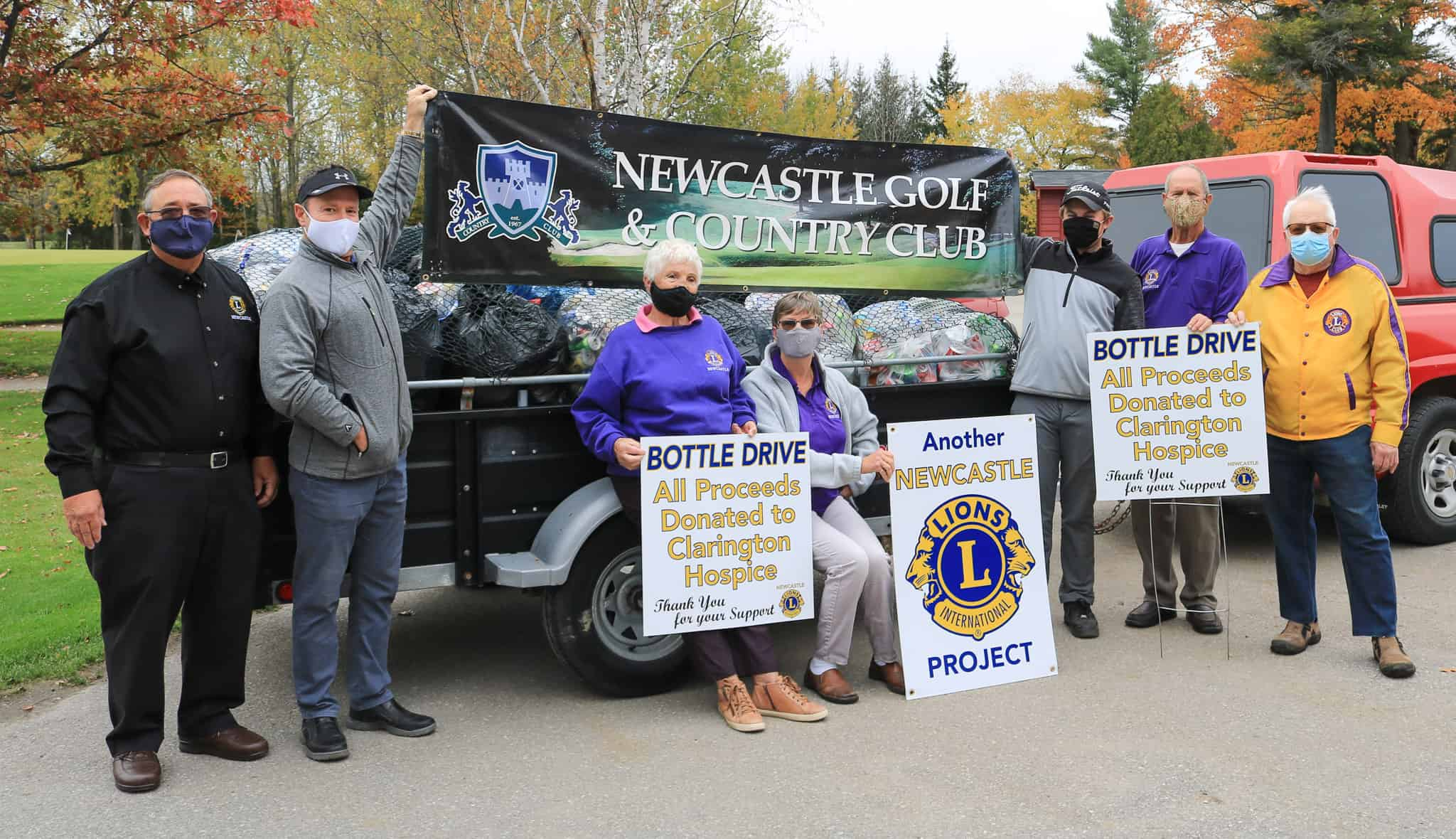 Newcastle Golf bottle drive for hospice a success