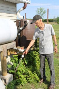 Read more about the article Innovative ways to keep rural gardens hydrated